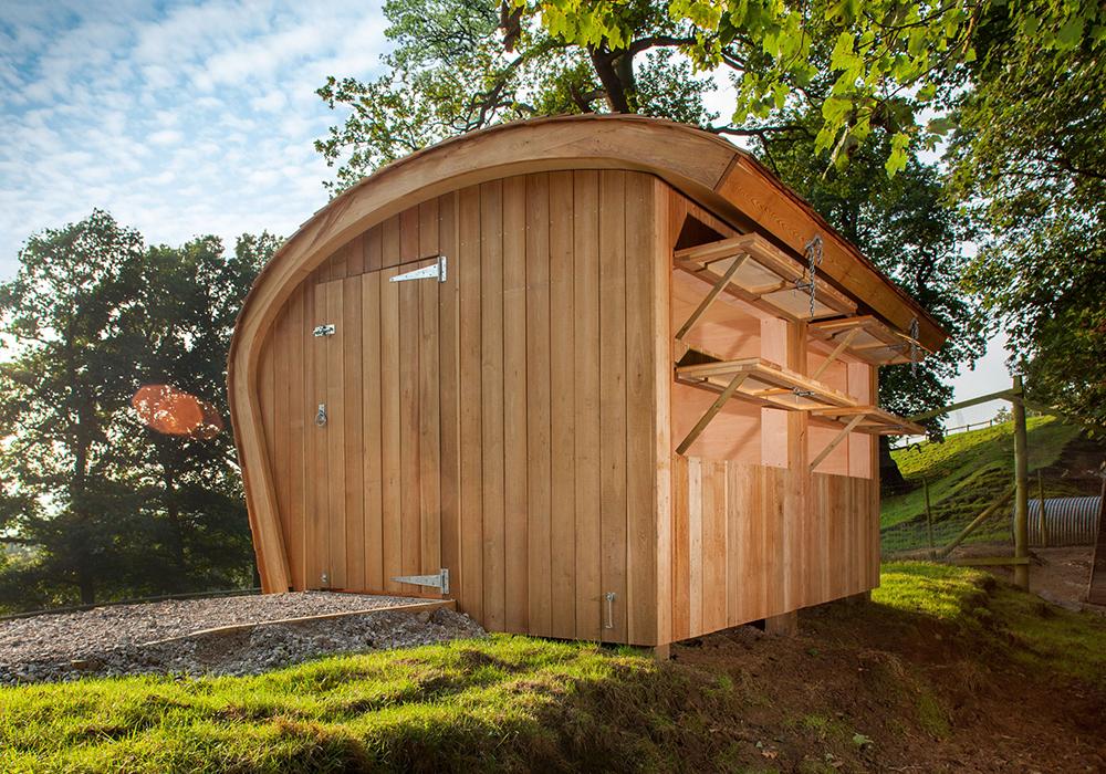 Chatsworth-Wooden-Birdhide